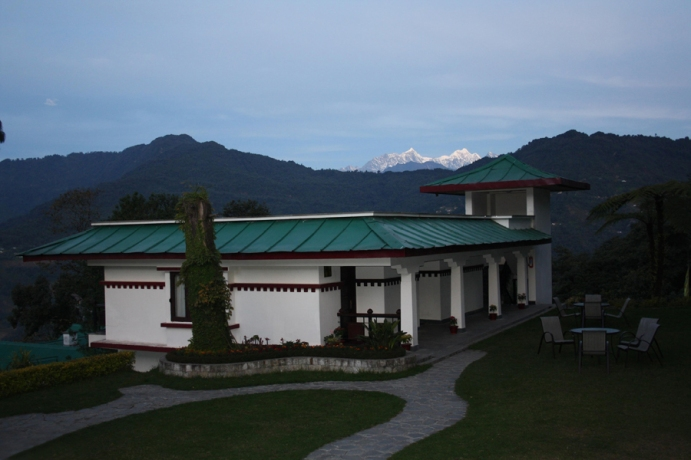 The Deluxe block with the towering Kanchenjunga peak in the