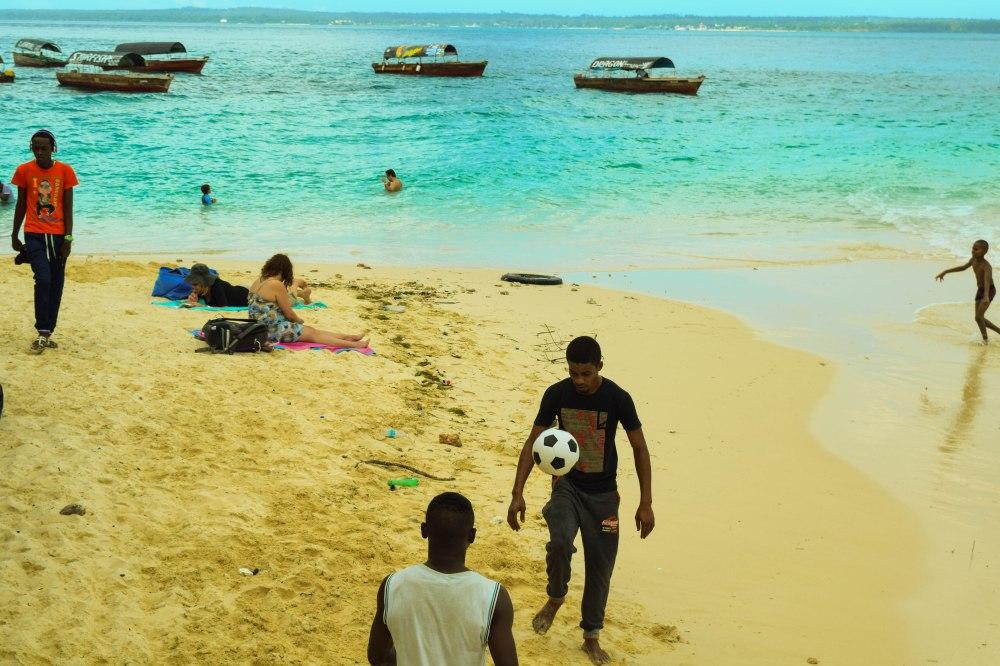 locals@Nungwi beach_Zanzibar