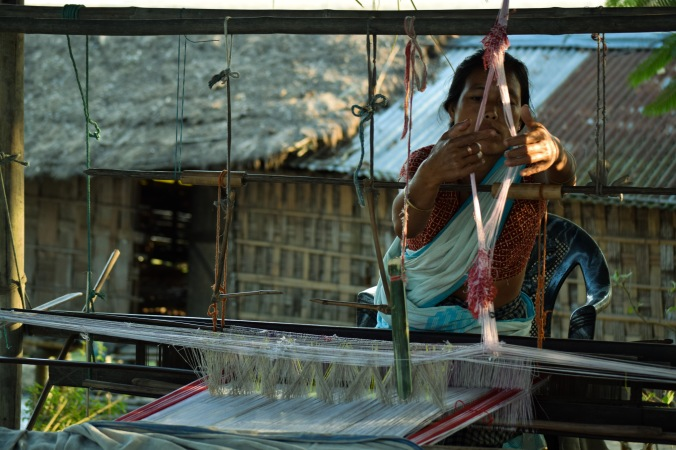 Woman weaving Assamese tapestry@Majuli
