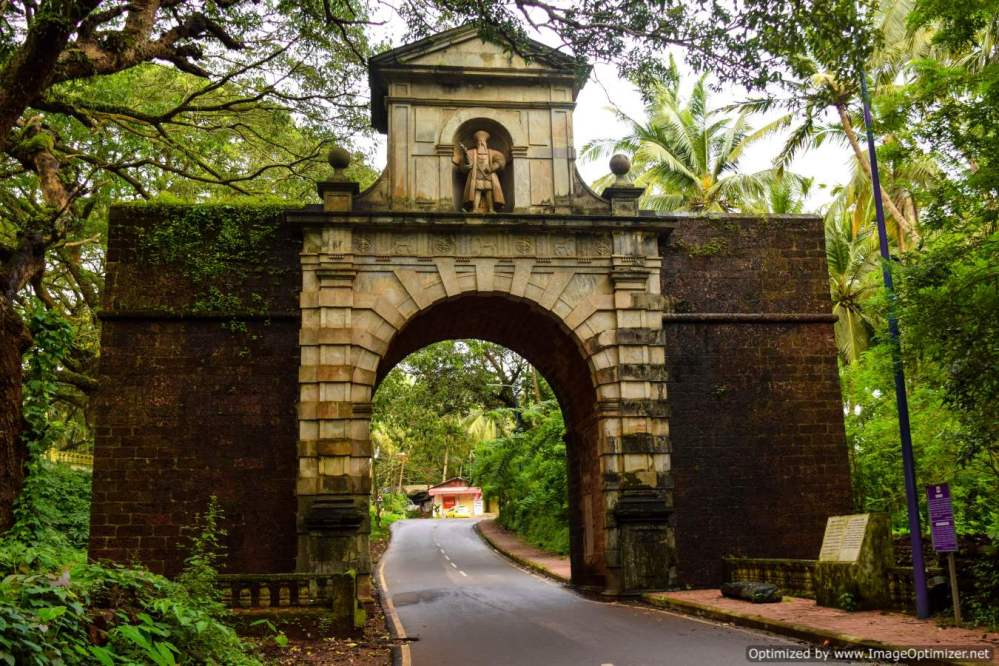 vasco-de-gama-arch_old-goa