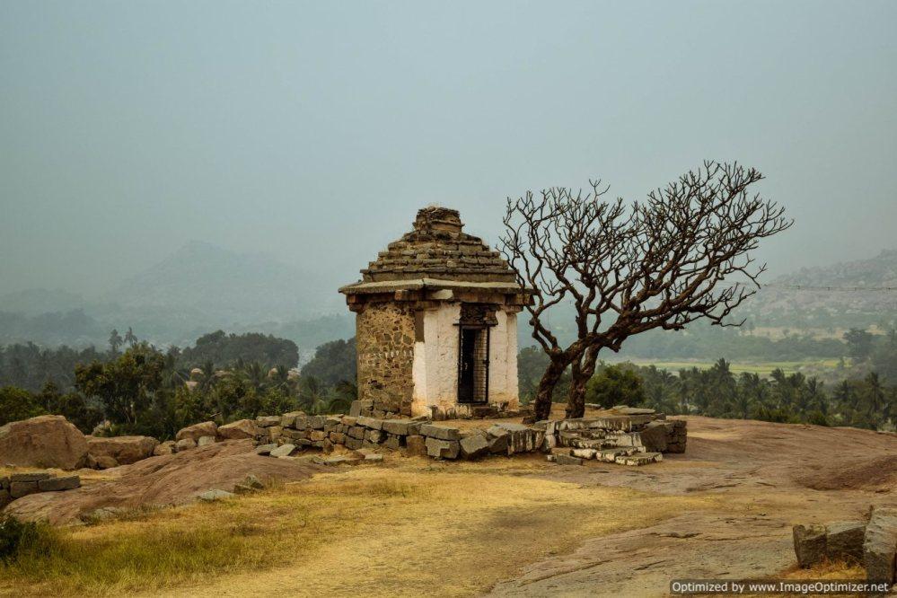 random-temple-in-hampi