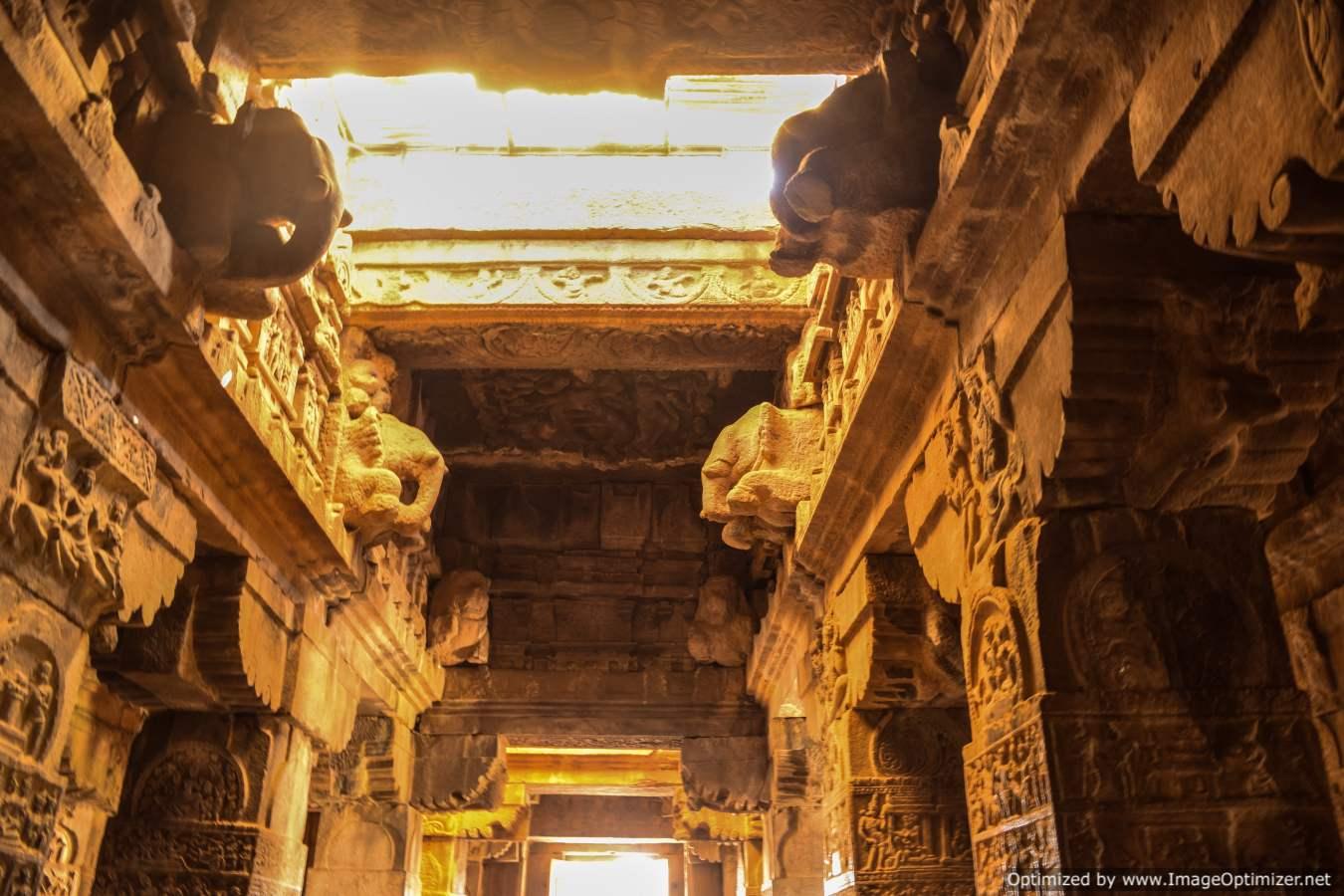 interiors-in-pattadakal