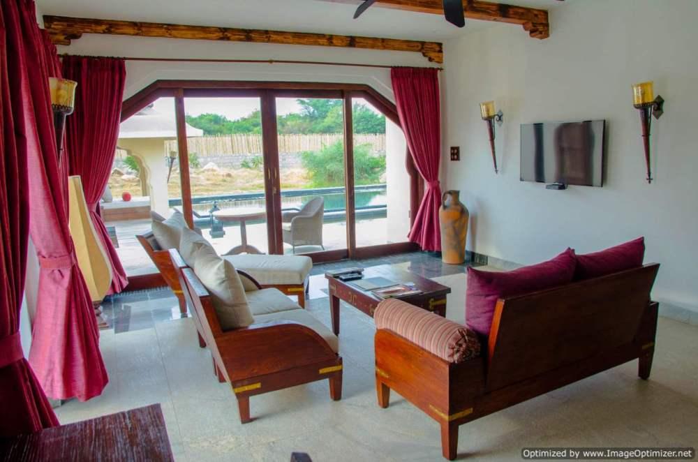 living-room-of-the-private-villa_orange-county