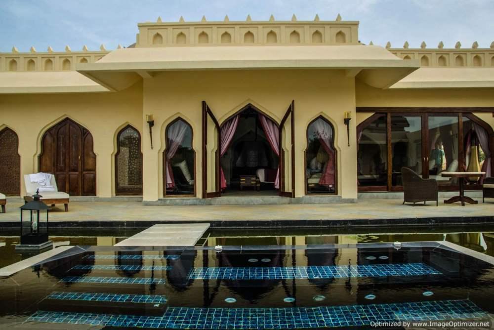 private-pool-at-villas