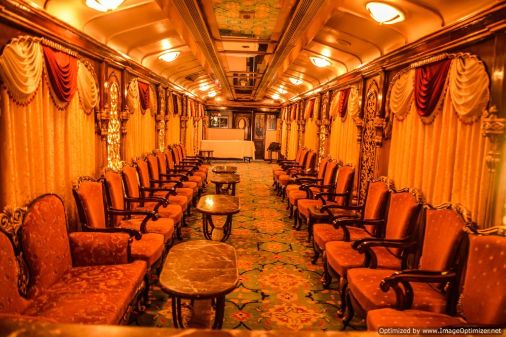 Golden chariot_bar