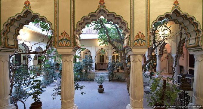 Alsisar Haveli_Courtyard