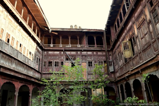 Heritage buildings now reduced to ruins in garli village