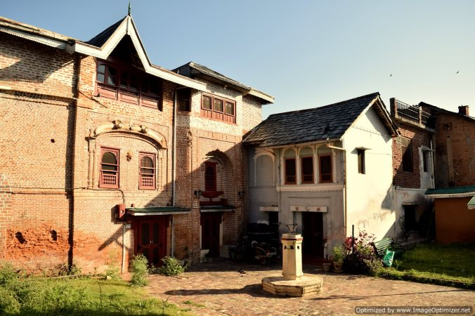Heritage mansion in Pragpur